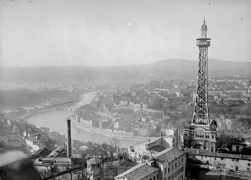 800px-Lyon_vue_Fourvière_1917
