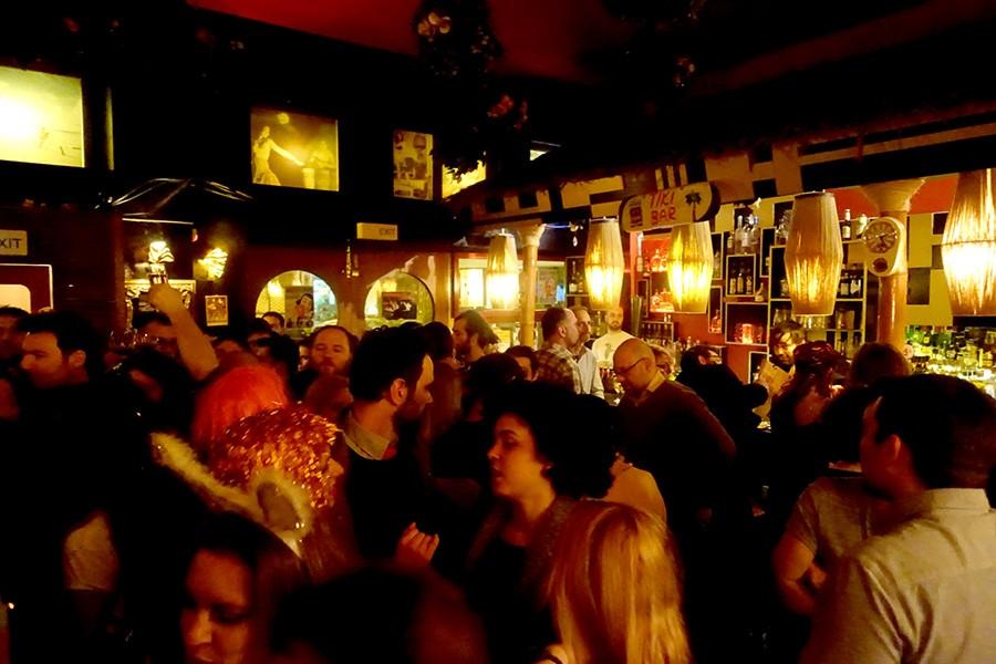 Tiki-bar-Athens