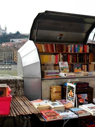 livres pas chers Lyon
