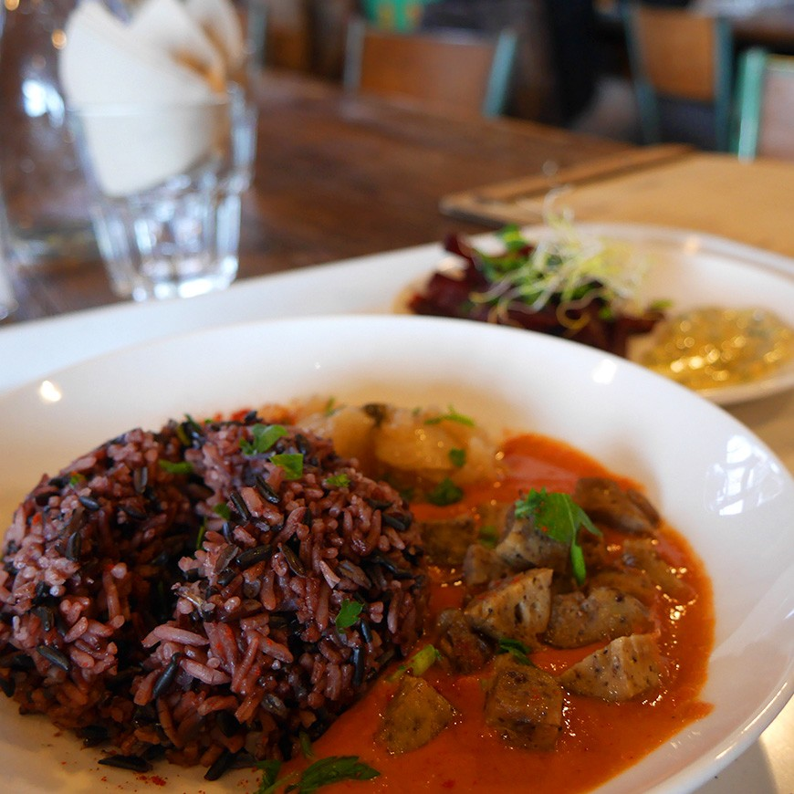 Holly Fork restaurant vegan Lyon