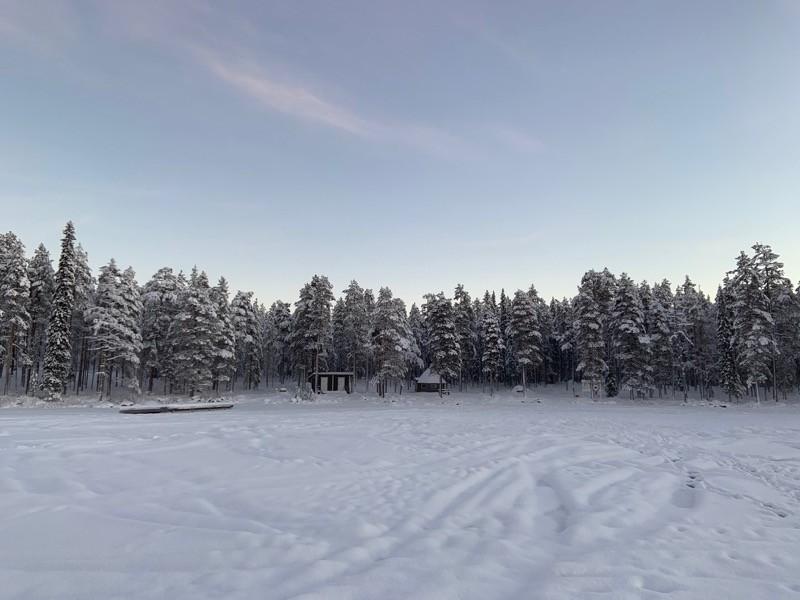 Lac gelé Laponie