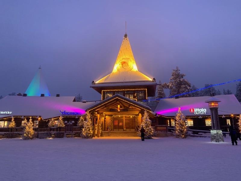 Village du Père Noel en Laponie