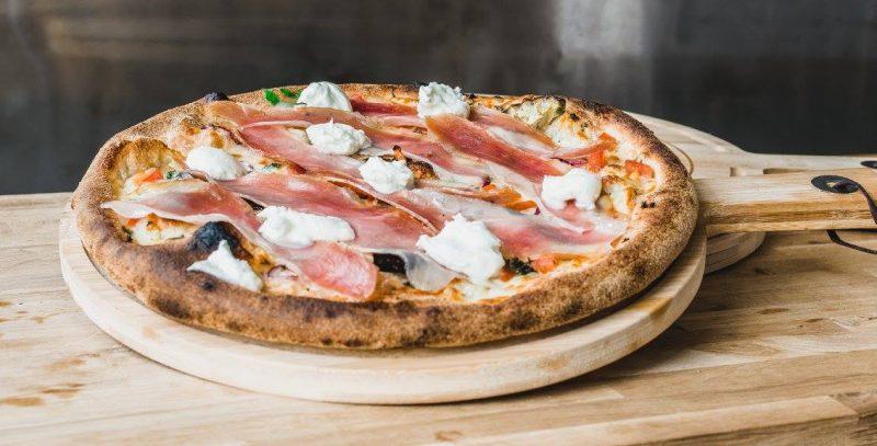 Zappo succulente pizza dans le Vieux Lyon
