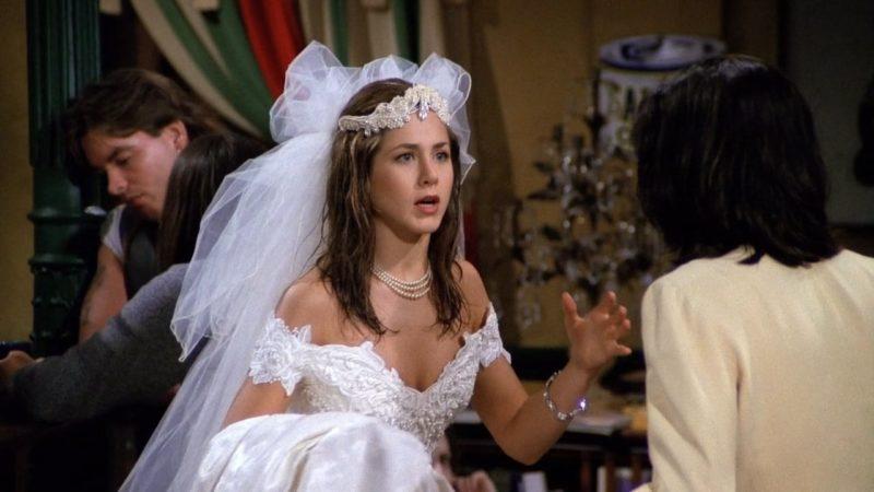 Rachel en robe de mariée dans Friends