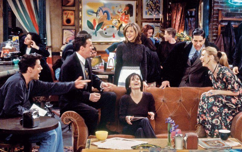 Joey, Chandeler, Rachel, Monica, Ross et Phoebe au Central Perk